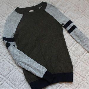 💛 J Crew Varsity Sweater